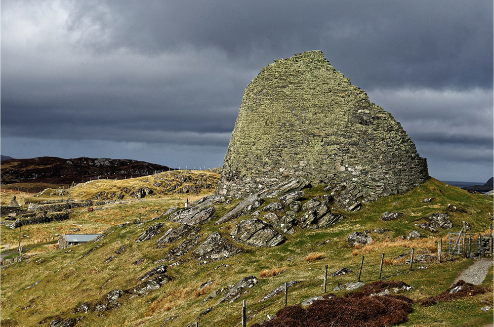 Broch-Carloway-HEBRIDES_LEWIS-Jean-Yves-Guillaume-10