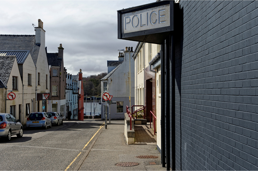 imagesCommissariat-de-Stornoway-HEBRIDES_LEWIS-Jean-Yves-Guillaume-13